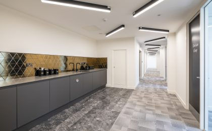 Boutique Workplace – Saunders House Ealing007